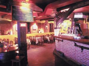 Interior del Restaurante Taberna Los Austrias de Madrid